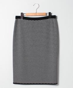 【大きいサイズ】NADIA ヘリンボーン柄ニットスカート
