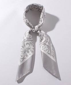 アラベスク柄プリント スカーフ