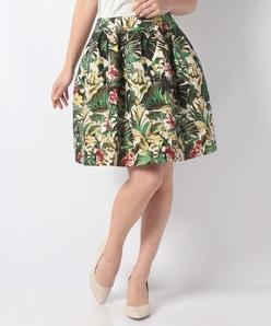 ボタニカルジャカードスカート
