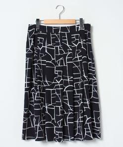 【大きいサイズ】【セットアップ対応】シルキーデシン 幾何柄プリントスカート