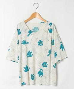 【大きいサイズ】【洗える】ジョイクールスムース 花柄プリントカットソー