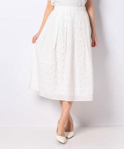 タイプライターフラワー刺繍スカート
