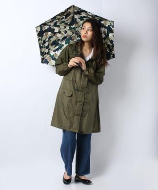 【レイン】ポーチ付きコートと折りたたみ傘(迷彩)