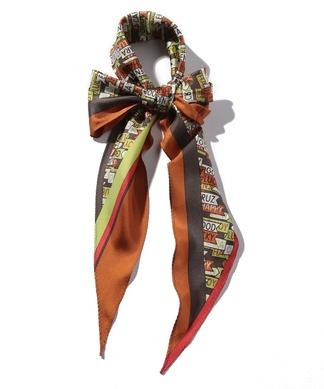 総柄シルクスカーフ
