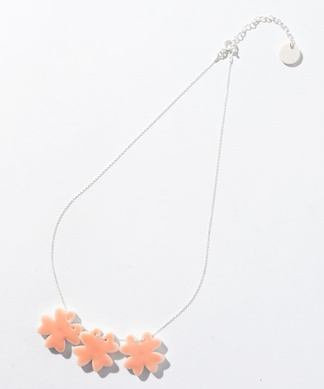【Vesna】 フラワーモチーフネックレス