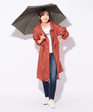 折りたたみ傘付きレインコート