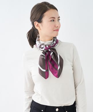 シルクスクエアスカーフ