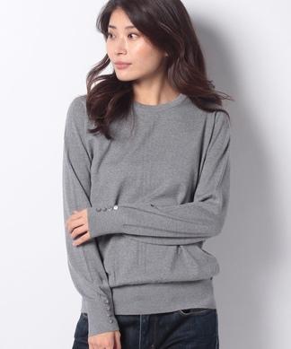 袖ボタンクルーネックセーター