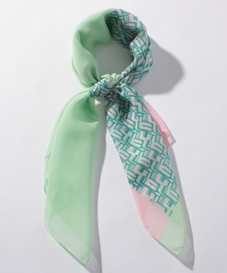 シルクスカーフ