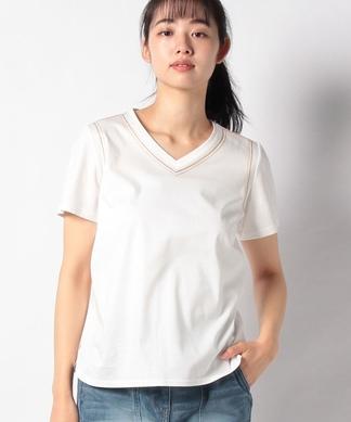 ステッチ使いTシャツ