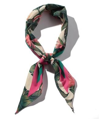 【CASSELINI】 ボタニカル柄スカーフ