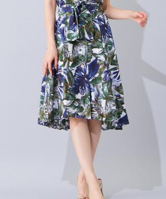 【セットアップ対応商品】ボタニカル柄ヘムタックスカート