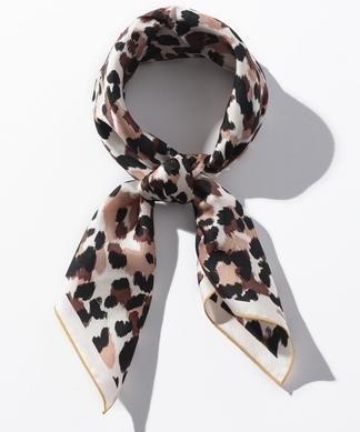 【Le Vernis】アニマル柄スカーフリング