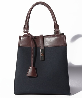 【Le Vernis】ボックス型ハンドバッグ