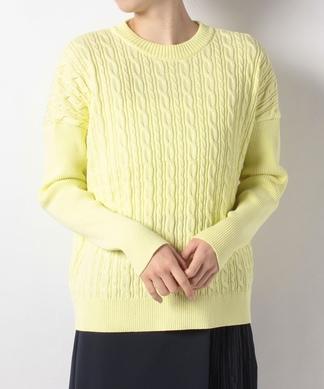 ケーブル編み長袖ニットプルオーバー