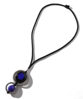 メタルフープ×バイカラーパーツネックレス