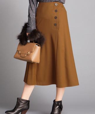 サイドボタンロングスカート