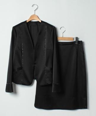 ノーカラージャケットスーツ