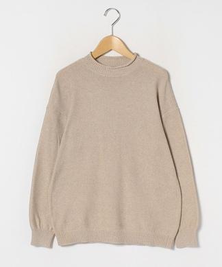 ロールネックセーター