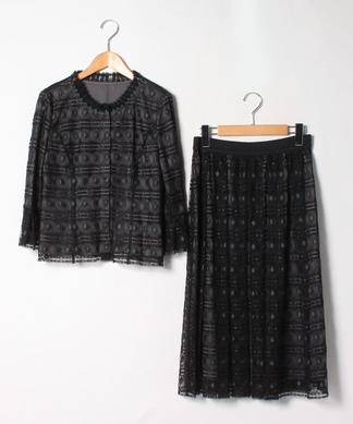 刺繍×チュールレイヤードスーツ
