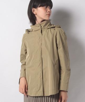 フード付きショートジャケット