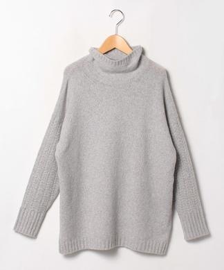 【LE TRICOT PERUGIA】ケーブル袖カシミヤセーター