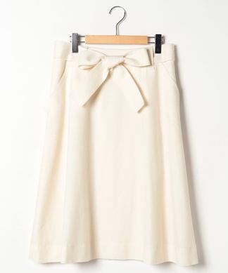 リボンベルト付きフレアスカート
