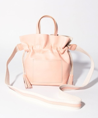 【Lisa Conte'】巾着型ショルダーバッグ