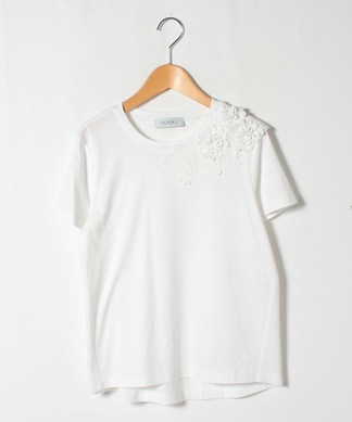 フラワーモチーフレースTシャツ