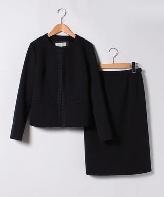 ノーカラージャケット×タイトスカートのセット