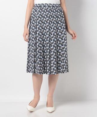 幾何学プリーツスカート