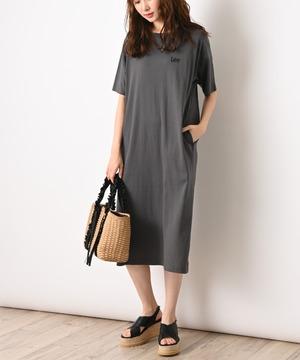 【Lee】LOGO SIDE SLIT DRESS
