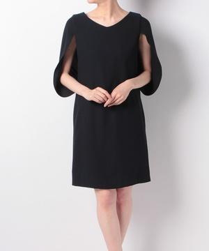 ケープ袖V首ドレス