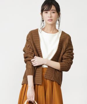 1.5Gケーブル編みカーデ