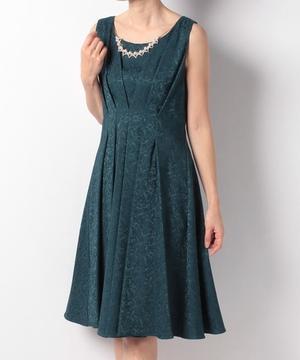 NC付ウエストタックギャザージャガードドレス