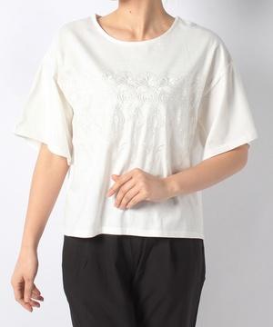 刺繍フレアー袖Tシャツ