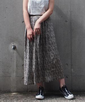 厚地ジョーゼット単色リーフプリントスカート