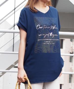 ボタニカル3D Tシャツ