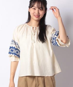 レーヨン麻袖刺繍ブラウス