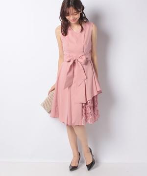 ウエストタック入り刺繍レース使いドレス