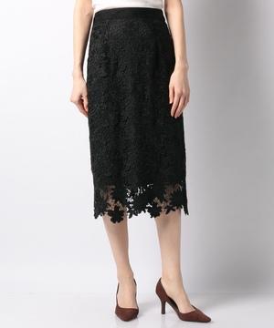 スエード刺繍タイトスカート