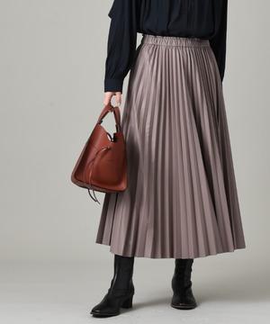 エアリーレザープリーツスカート