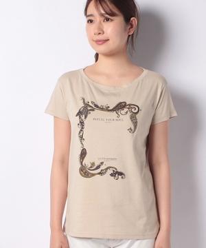 ワイドネックプリントTシャツ・カットソー