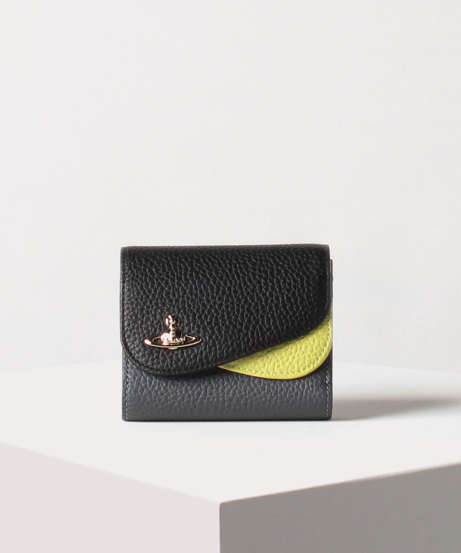 ダブルフラップ 二つ折り財布