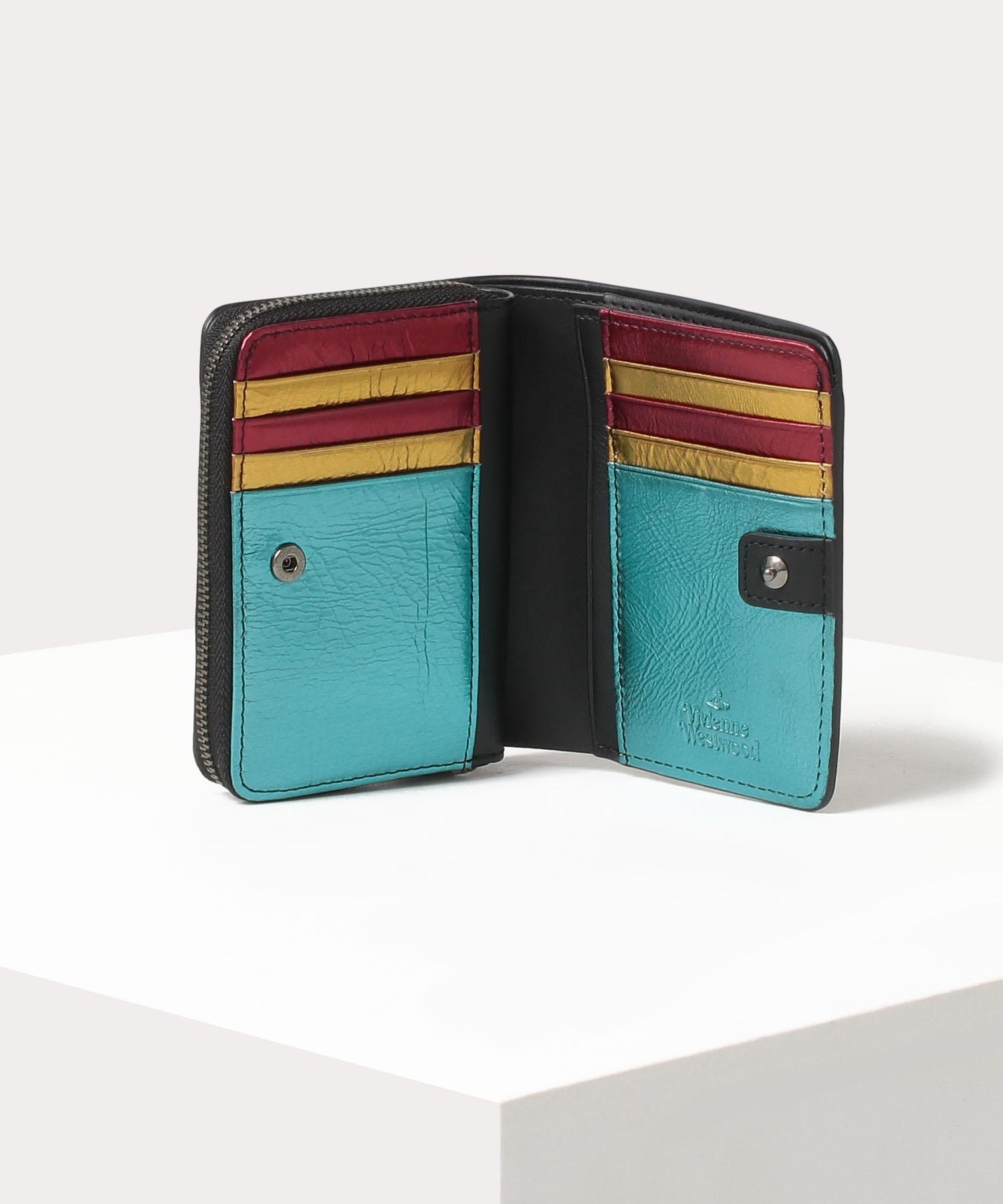 カーピフラワー ラウンドファスナー二つ折り財布
