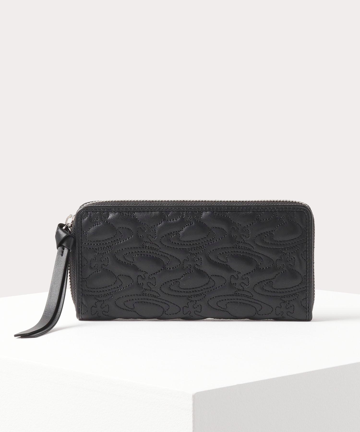 クリスマスプレゼントにおすすめなお財布はヴィヴィアンウエストウッドのWATER ORBです