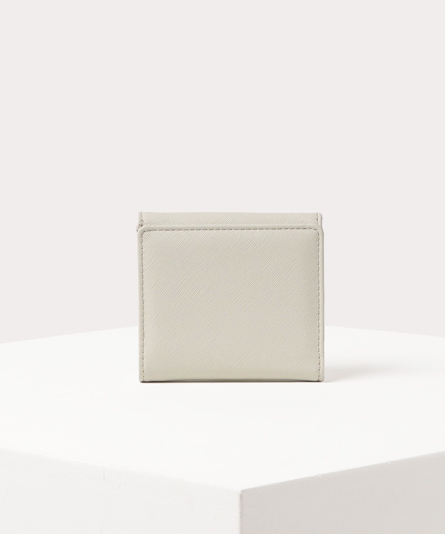 VICTORIA 二つ折り財布