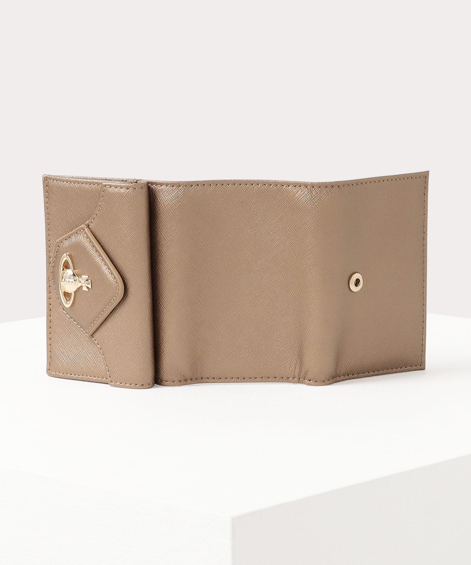 VICTORIA 三つ折りミニ財布