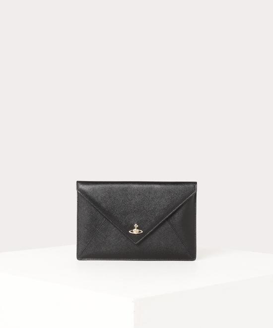 VICTORIA エンベロープクラッチバッグ