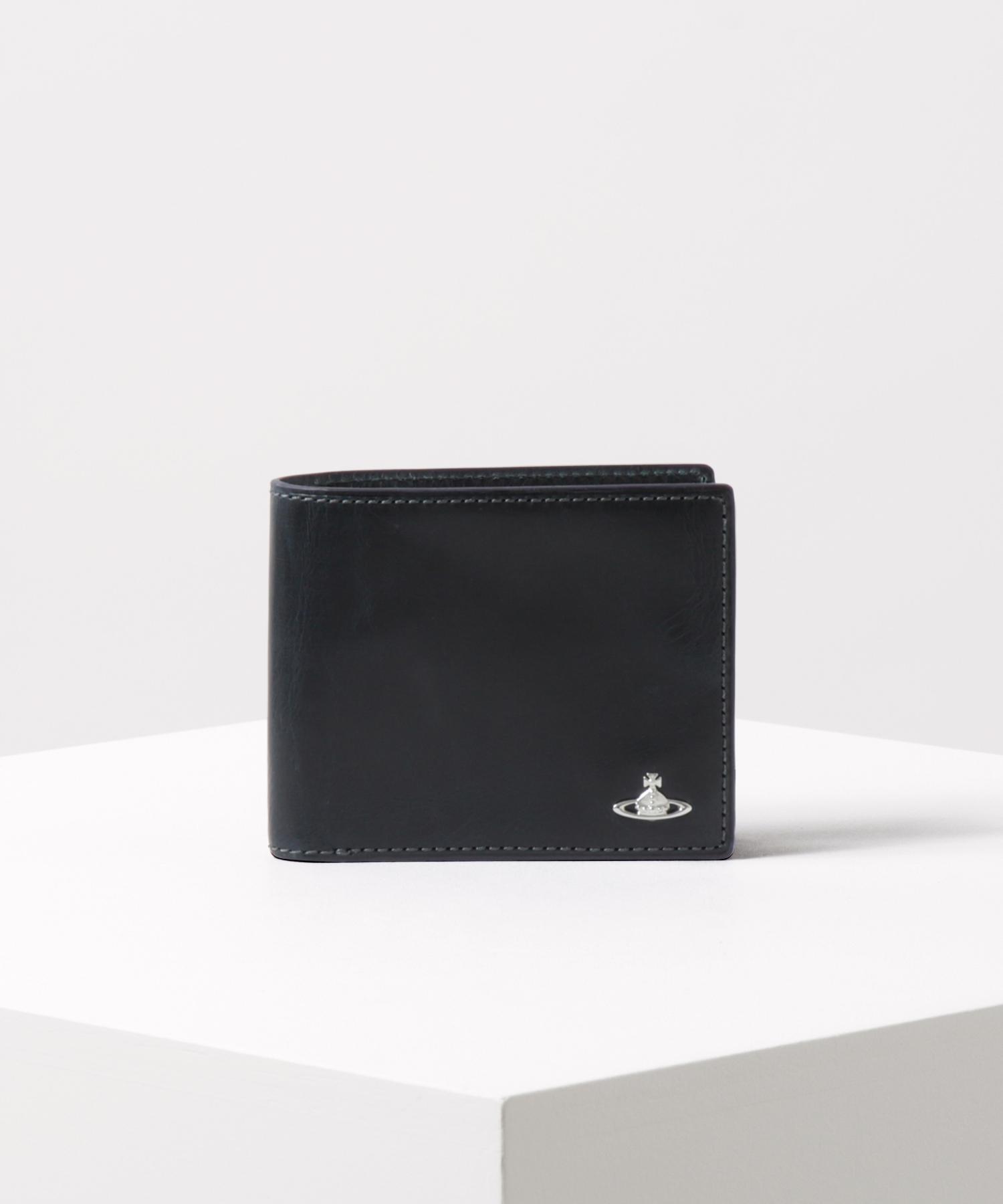 ハードプルアップ 二つ折り財布
